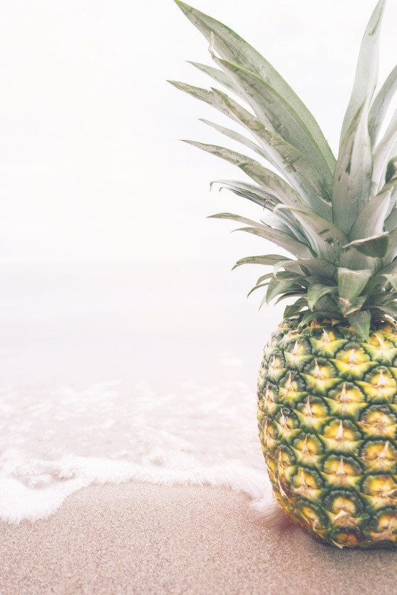 How great is this stock photo? That pineapple is having such a nice day at the beach.
